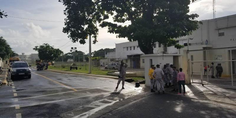"""Impactante foto muestra la desgarradora """"normalidad"""" en la penitenciaría nacional de La Victoria"""