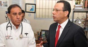 El licenciado Antonio Peña Mirabal y el doctor Antonio Cruz Jiminian