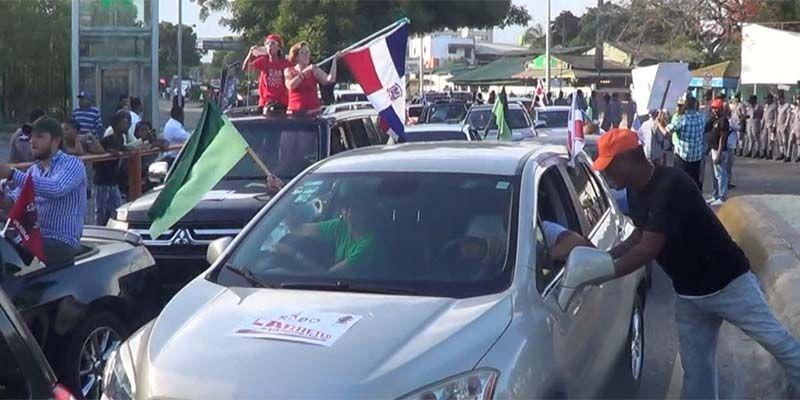 El dirigente peledeísta Rigoberto Fernández se unió al carreteo y se pronunci aocntra Danilo Medina