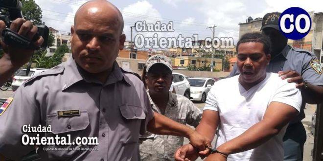 Rayner Alexander Castillo Hernández, conducido por custodios.