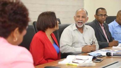 Photo of Comisión Educación Cámara de Diputados recibe ADP