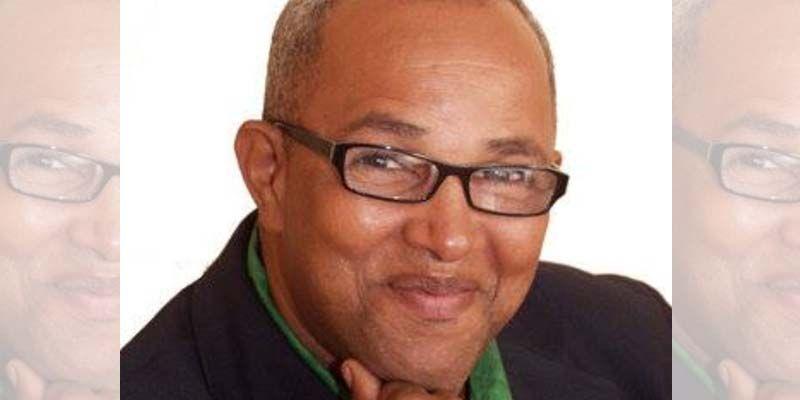 El profesor Alfonso Báez ha sido ingresado en el hospital del SEMMA
