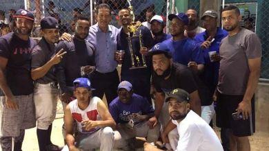 Photo of Concluye con éxitos Torneo Softball Navideño 2018 en Los Mameyes