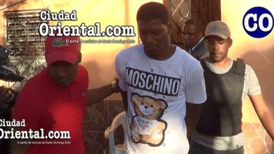Photo of Se entrega en Ensanche Ozama joven acusado en triple crimen en Las Cañitas
