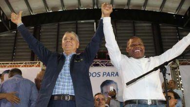 Photo of Manuel Jiménez recibe apoyo de Adán Peguero y su equipo
