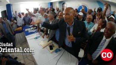 Photo of El principal estratega de la campaña de Adán Peguero sorprende a Manuel Jiménez y a Luis Abinader + Vídeo