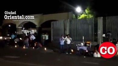 Photo of Con encendidos de velas pretenden evitar reforma de la constitución + Vídeos