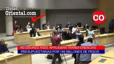 El regidor reformista Tácito Perdomo vota por la aprobación de la transferencia presupuestaria multimillonaria solicitada por El Cañero