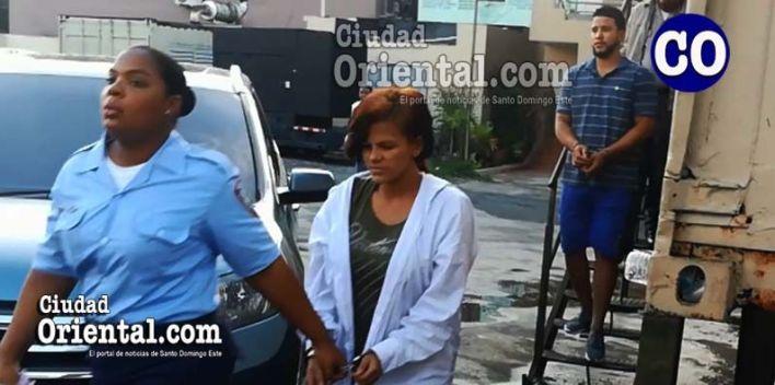 Yoeimi Caraballo de la Cruz y el esposo de ésta, Tommy Vásquez (a) Tomy, en custodia.