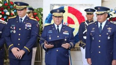 Photo of FARD realiza acto de ofrenda floral en el Altar de la Patria por motivo de 176 Aniversario de la Independencia
