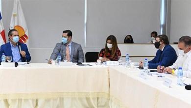 Photo of Ministerios Turismo, Salud y ASONAHORES dan los toques finales a los protocolos de salubridad