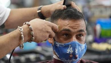 Photo of Dos peluqueras infectadas con coronavirus usaron mascarillas y no contagiaron a ninguno de sus 139 clientes