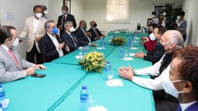 Photo of Presidente Luis Abinader inicia diálogo con líderes nacionales