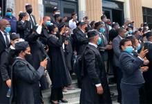 Photo of Abogados marchan en reclamo de apertura de los tribunales