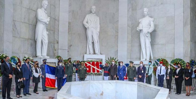 Son parte de los actos por conmemoración del 177 aniversario de la Independencia Nacional.