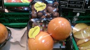 Frutas: Tamarindo y Granadilla, imortados de Costa Rica, Perú y Colombia