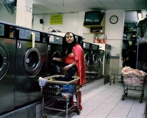Luisa Romero es la mujer maravilla. Del Estado de Puebla. Empleada en lavanderia en Brooklyn, NY. Foto: Dulce Pinzón