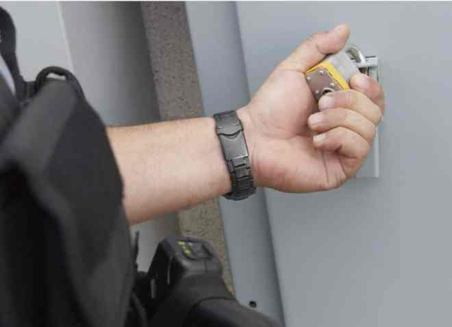 Top 14 Tips to Protect Your Home from Theft