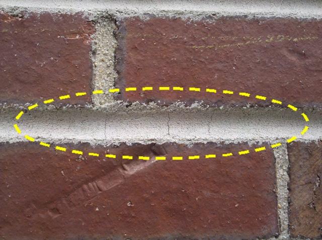 Shrinkage crack in brick masonry