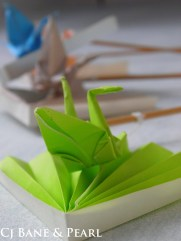 Color green in origami