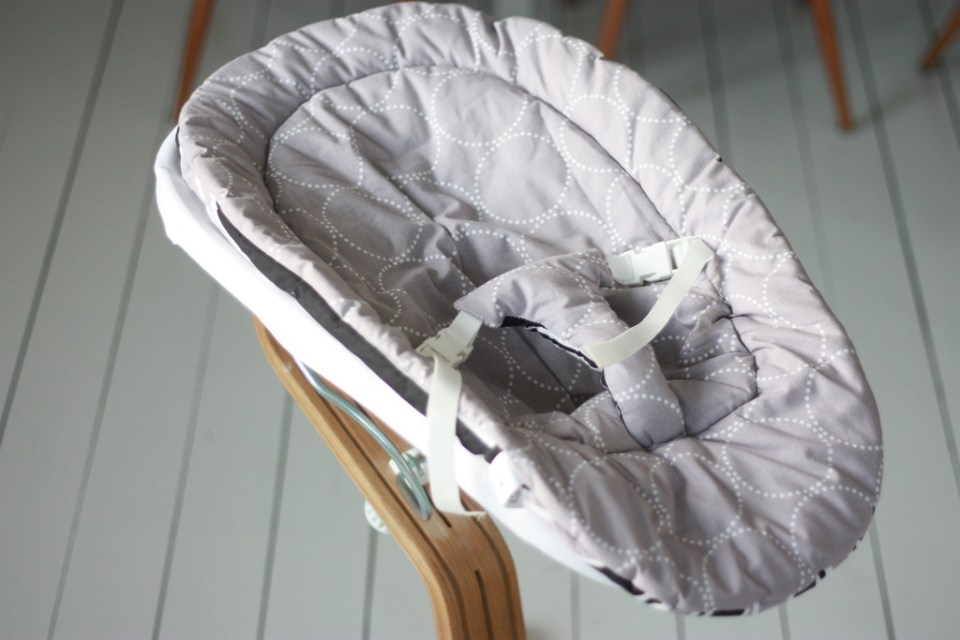 evomove nomi højstol high chair babyindsat skråstol
