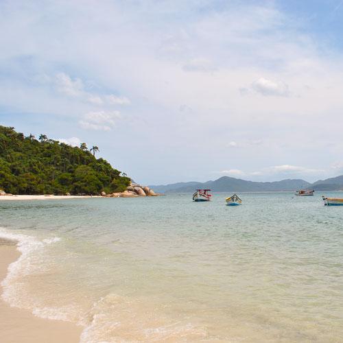 Conheça a Ilha do Campeche em Florianópolis
