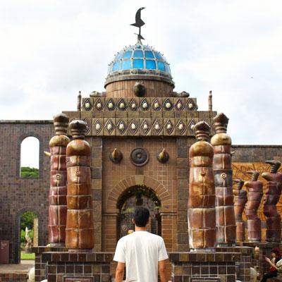 Conheça a Oficina Cerâmica Francisco Brennand em Recife