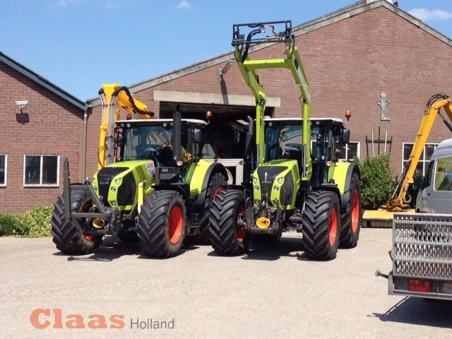 Claas Arion 540 CIS met Claas FL 120 frontlader en  Claas Arion 630
