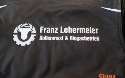 Lohnunternehmen Franz Lehermeier im der maisernte.