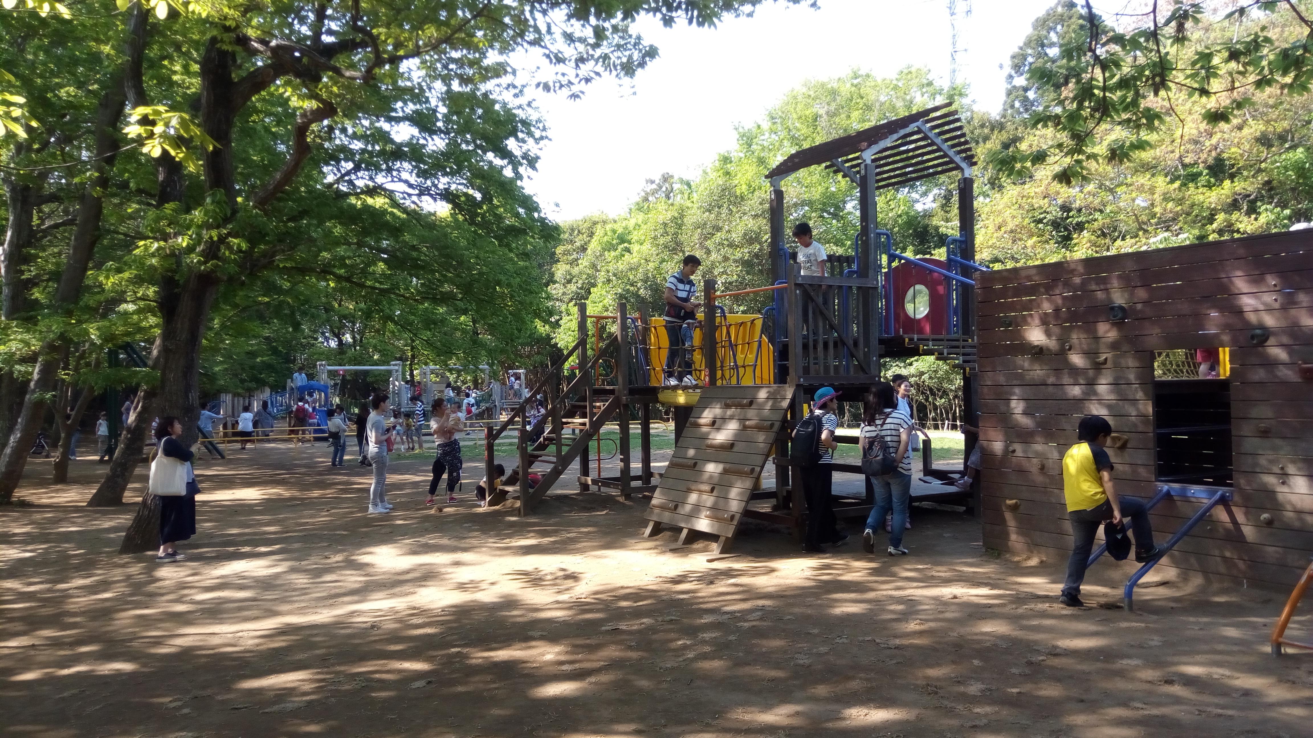 遊具が充実~鎌ヶ谷・市制記念公園