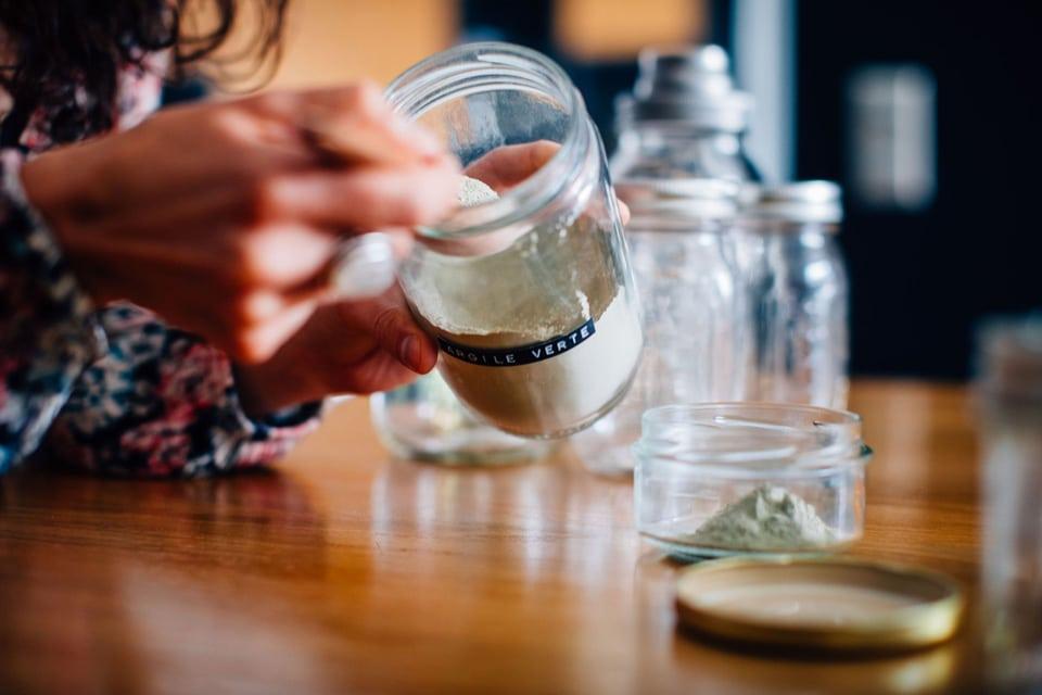 L'argile verte, un des ingrédients de la crème à récurer