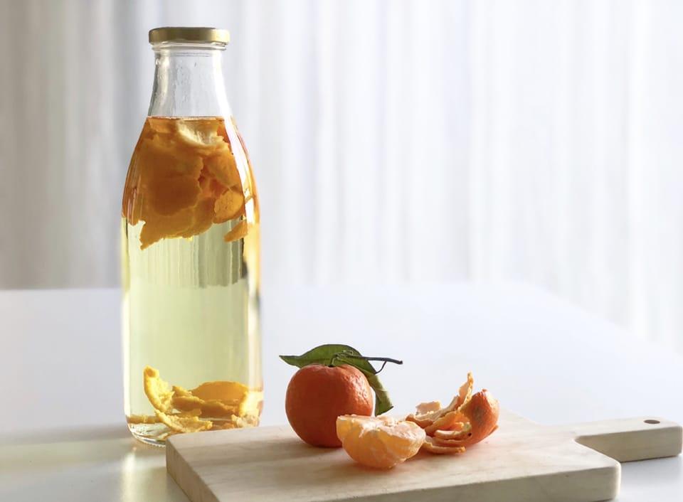 On peut faire macérer des agrumes dans le vinaigre blanc