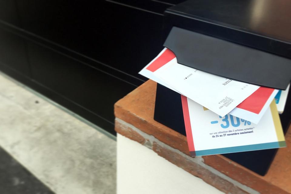 Quand la pub déborde de nos boîtes aux lettres