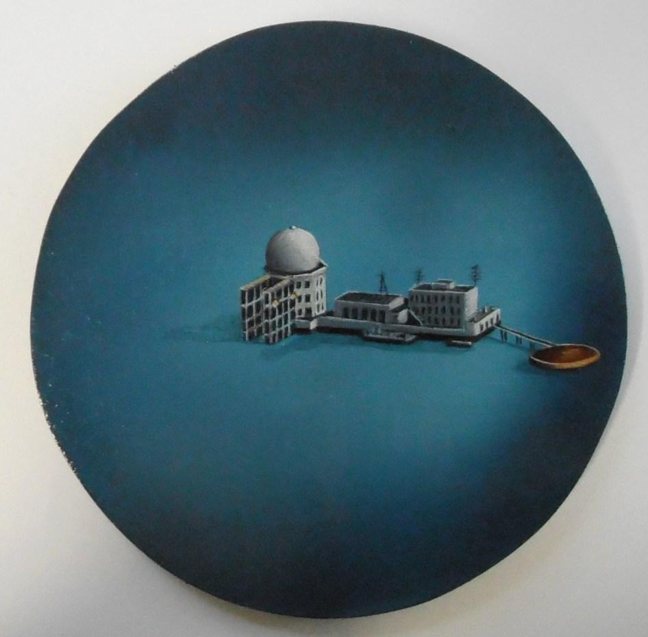 Citadel [Round], Oil on board, 20cm diameter, 2015
