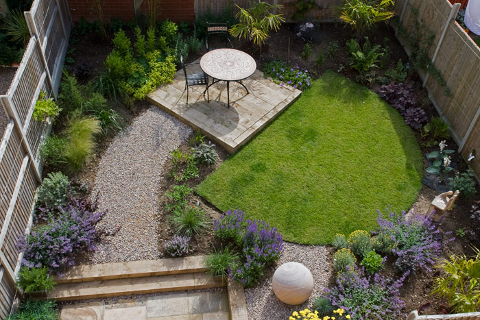 A town house garden by the seaside, 4 months after planting. on Square Patio Designs  id=84423