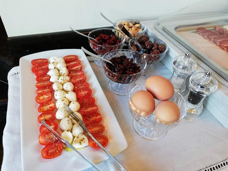 ragusa ibla con i bambini-duomo relais colazione2