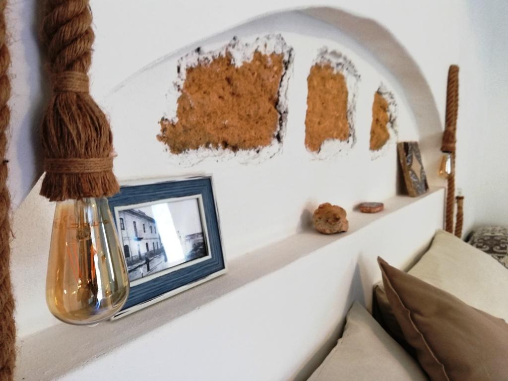 particolare di una camera di una casa vacanze a Agrigento