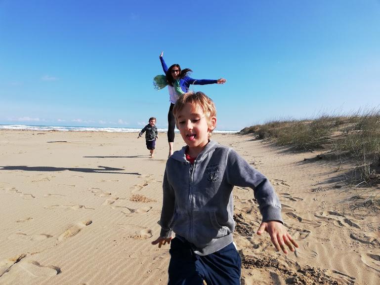 spiaggia con bambini in Sicilia orientale