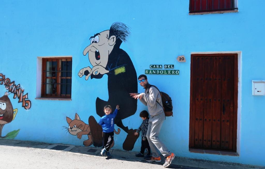 murale dei puffi in Andalusia