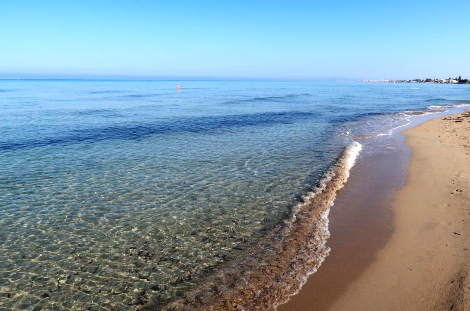 spiaggia di sabbia a Lido Signorino in Sicilia