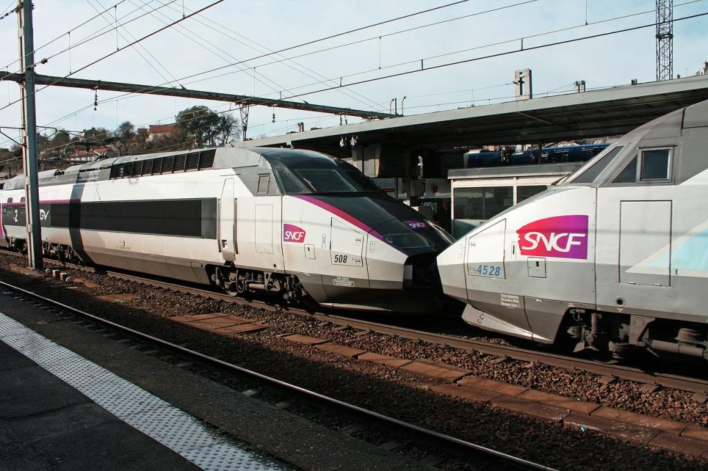treno TGV per raggiungere Disneyland Paris dall'aeroporto