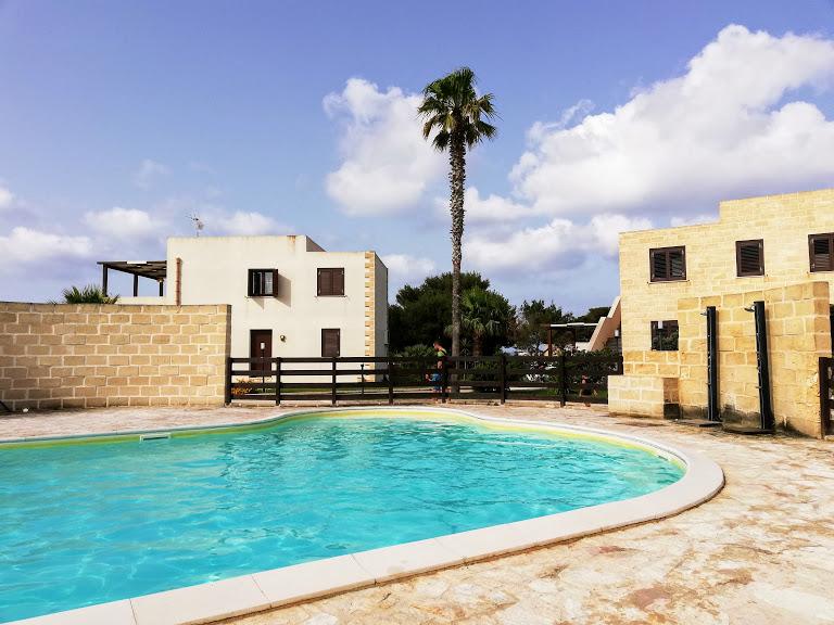 residence con piscina a Lido Burrone Favignana