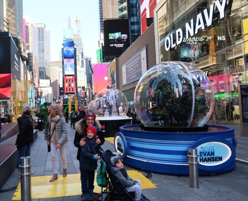 una famiglia a Times Square
