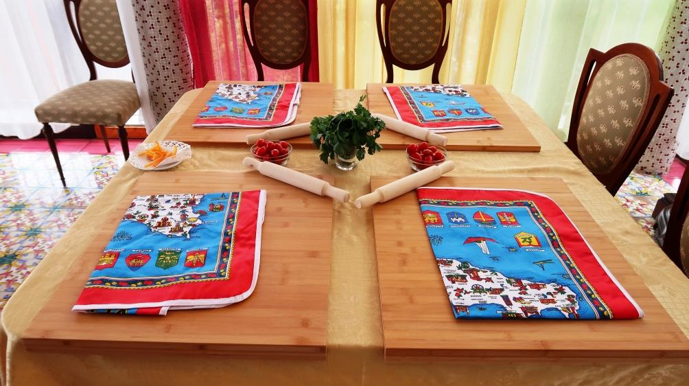 tavolo per una lezione di cucina siciliana