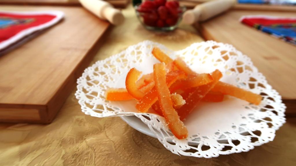 scorze d'arancia caramellate