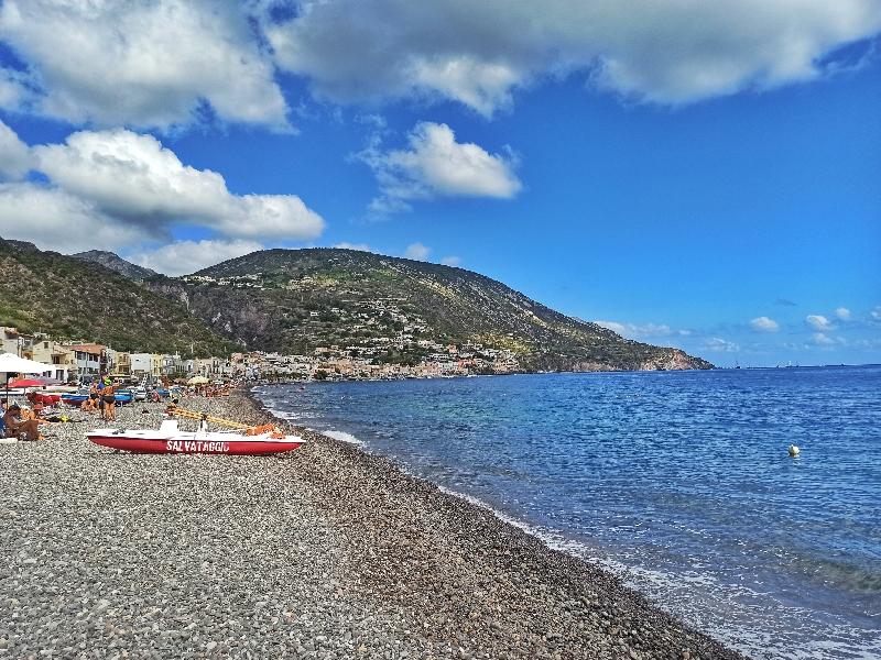 spiaggia di Canneto a Lipari