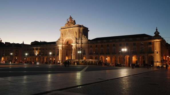 arc de triomphe Lisbonne portugal