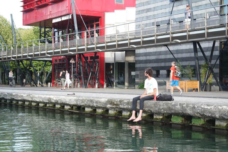 marin d'eau douce canal saint martin bateau sans permis paris (18)