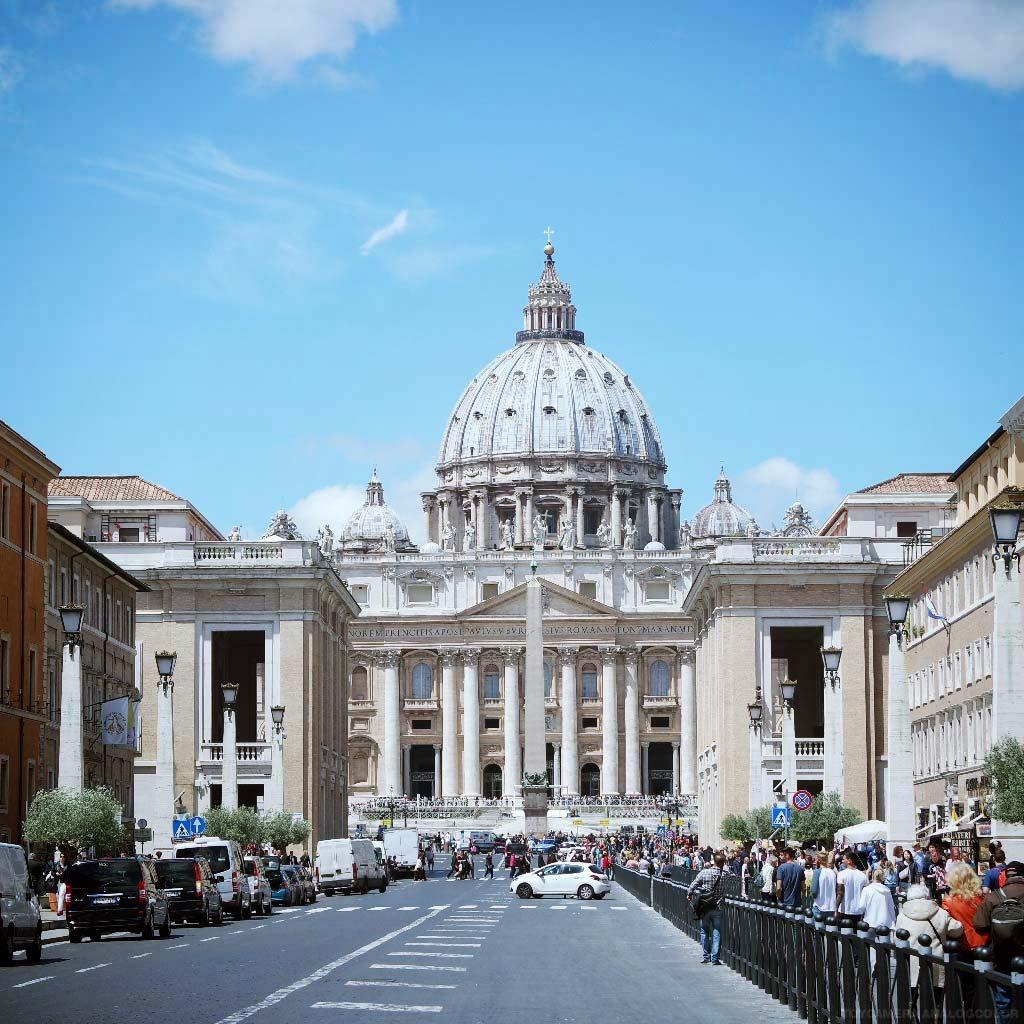 rome-italie-vatican-basilique-place-st-pierre-(14)