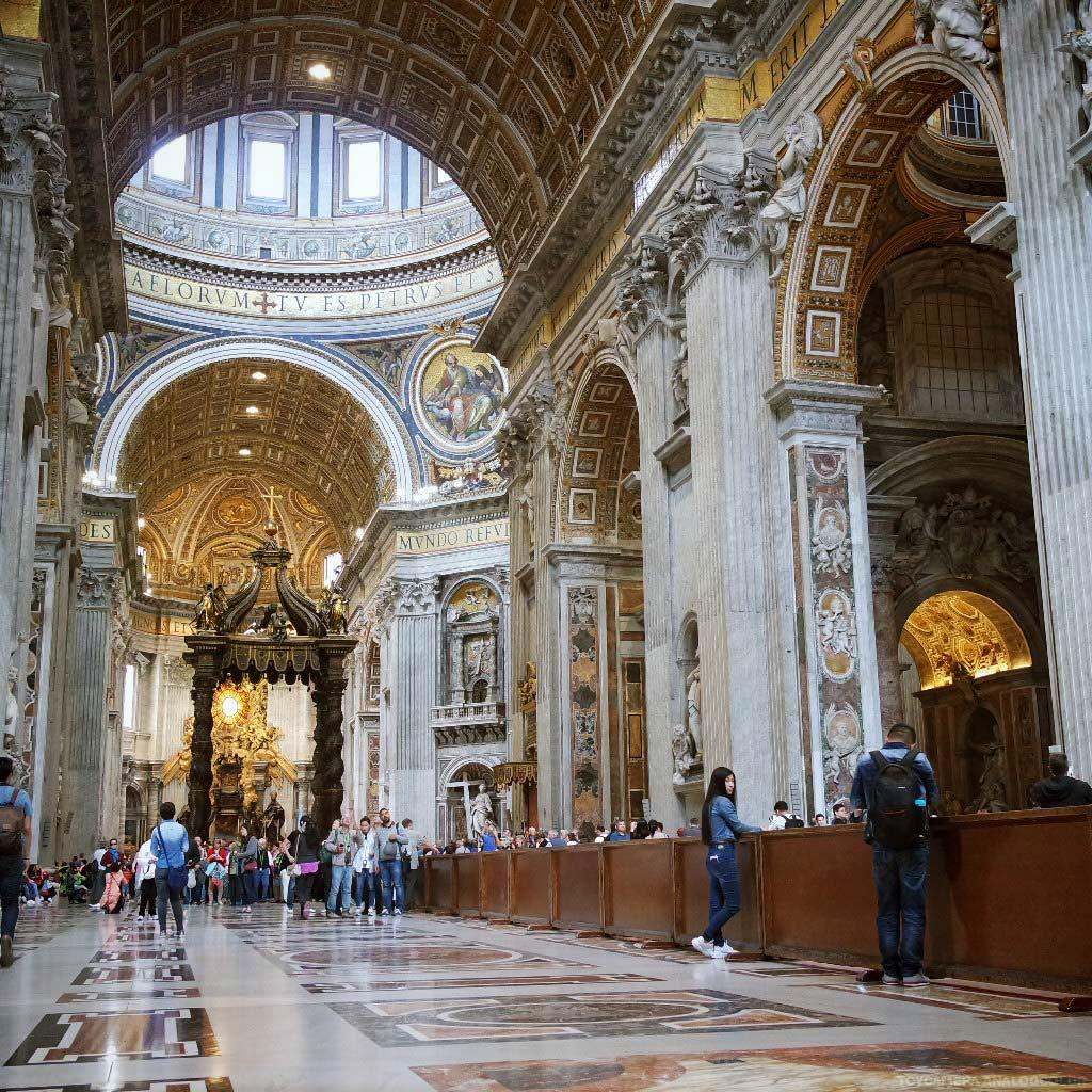 rome-italie-vatican-basilique-place-st-pierre-(7)